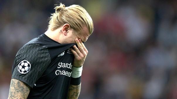 El arquero del Liverpool cometió dos errores en la final.