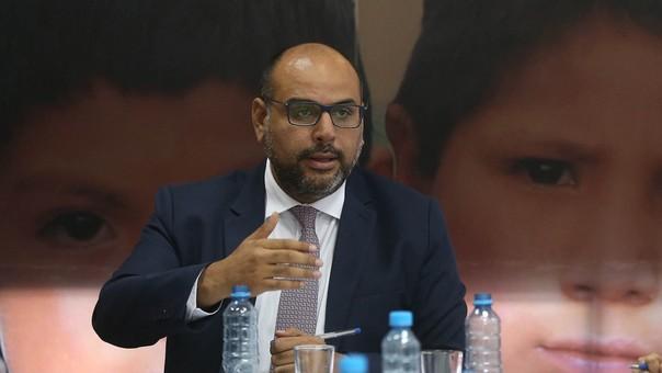 Daniel Alfaro precisó que el servicio educativo no se afectará porque ya se tiene previsto la sustitución de los profesores salientes con docentes contratados.