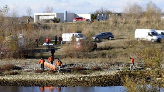 El cadáver de la víctima fue arrojado al río Aragón.