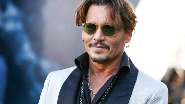 Johnny Depp preocupa a sus fanáticos con su nuevo aspecto
