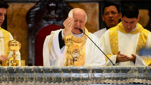 Ricardo Ezatti durante una misa.