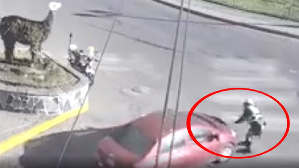 Policía atropellado