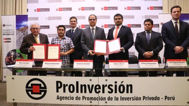 Gobierno firma contrato de transferencia para el desarrollo del proyecto Michiquillay
