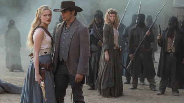 Evan Rachel Wood y James Marsden son dos de los protagonistas de la serie futurista que emite HBO.