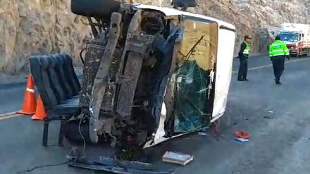 Accidente deja dos fallecidos y seis heridos en Islay