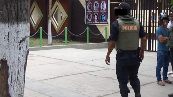 Policía detenido por robo