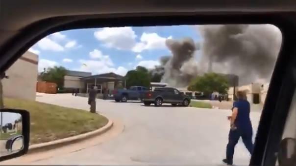 Reportan una explosión en un hospital en Texas.
