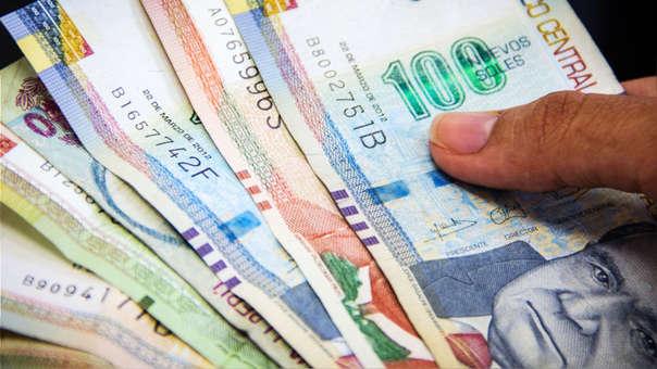 En tanto el aguinaldo por Fiestas Patrias para los trabajadores públicos será de S/ 300.