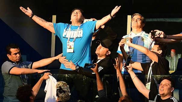 Diego Maradona fue retirado como embajador de la FIFA.