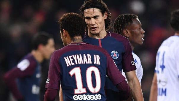 Neymar y Cavani durante un partido del PSG.