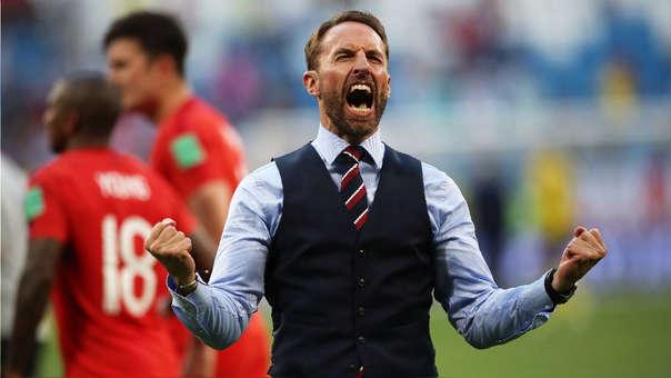 Gareth Southgate celebra tras la victoria de Inglaterra ante Suecia.