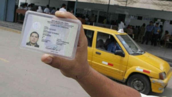 Licencias de conducir peruanas tendrán validez en Chile.