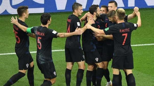 Croacia venció a Inglaterra por 2-1.