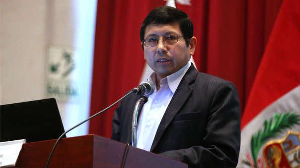 El ministro Trujillo indicó que revisión de contratos se dará para conocerlos a detalle y no para cambiar los términos de los acuerdos.
