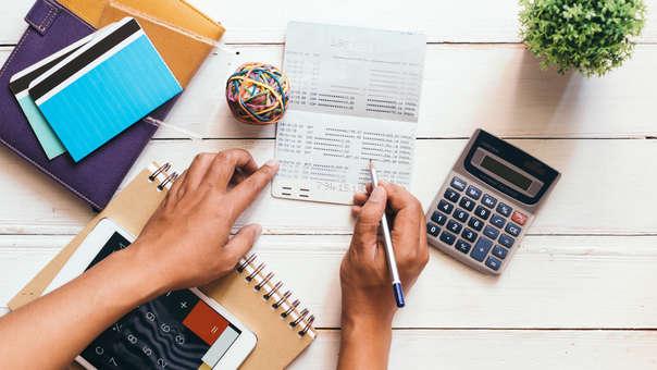 Venta de facturas o emisión de deuda: ¿Cómo financiar tu empresa?