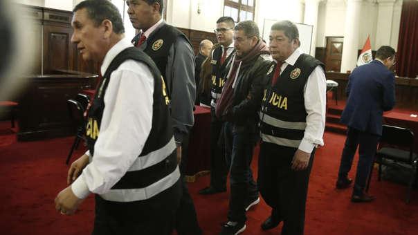 Walter Ríos es acusado de tráfico de influencias y actos de corrupción