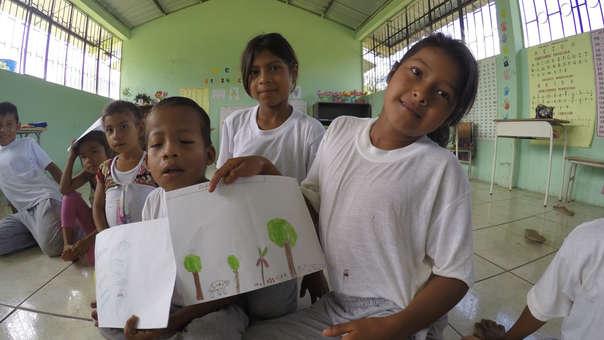 Ecuador: niños aprenden con fascinantes imágenes de jaguares, monos y pumas de la reserva Cuyabeno