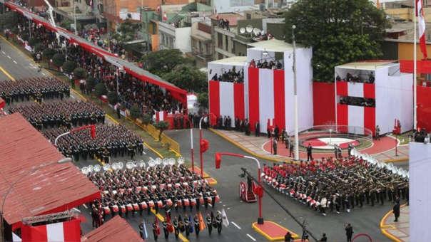 Gran Parada y Desfile Cívico Militar