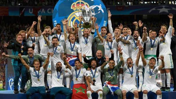 Real Madrid es el único equipo de Europa que ha ganado la Champions League en tres ocasiones consecutivas.