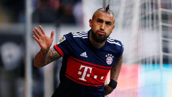 Arturo Vidal juega con la dorsal '23' en el Bayern Munich.
