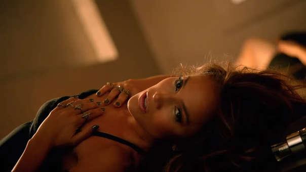 Jennifer López interpretará a una bailarina que estafa a sus clientes.