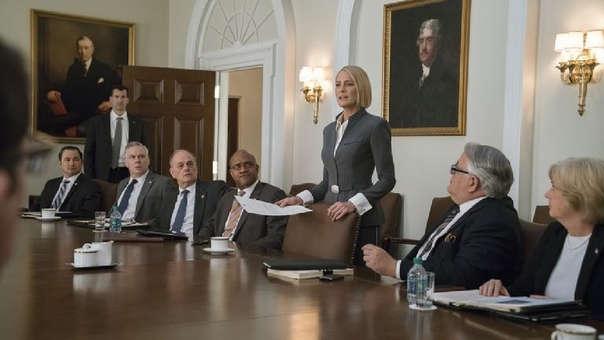 Claire Underwood (Robin Wright) asume su papel como primera mandataria de Estados Unidos en