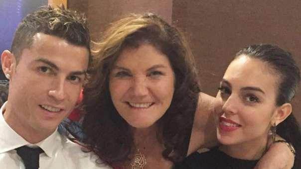 Georgina Rodríguez se irá a vivir a Turín con Cristiano Ronaldo, mientras que su madre seguirá residiendo en Portugal.