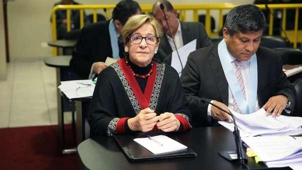 Juez reprogramó audiencia de comparecencia con restricciones para exalcaldesa de Lima.
