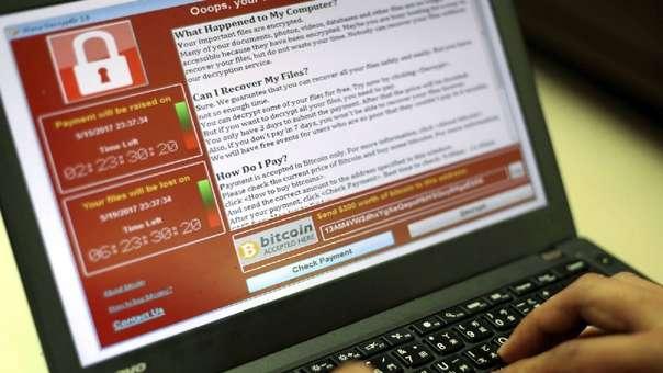 Los ransomware 'secuestran' una computadora y piden dinero, o en este caso fotos, a cambio de liberarla.