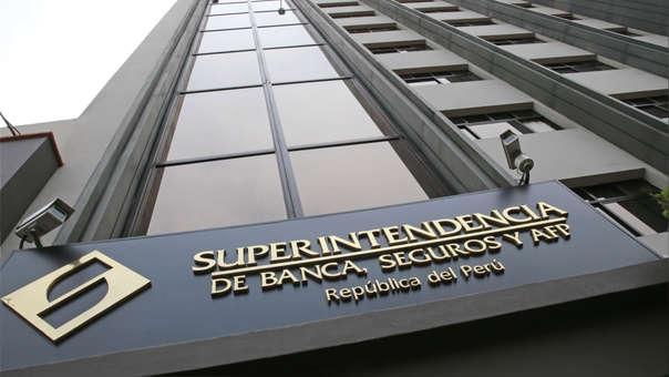 Las referidas empresas no son reguladas por la SBS, de acuerdo a lo establecido en la Ley N° 26702 (Ley General del Sistema Financiero y del Sistema de Seguros).