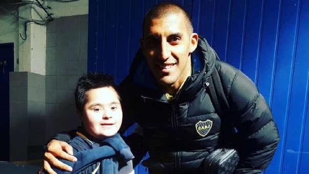 Santy cumplió su sueño de conocer a los jugadores de Boca Juniors.
