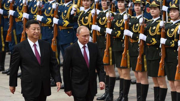 Donald Trump declaró en público más de una vez que considera a China y Rusia como adversarios.