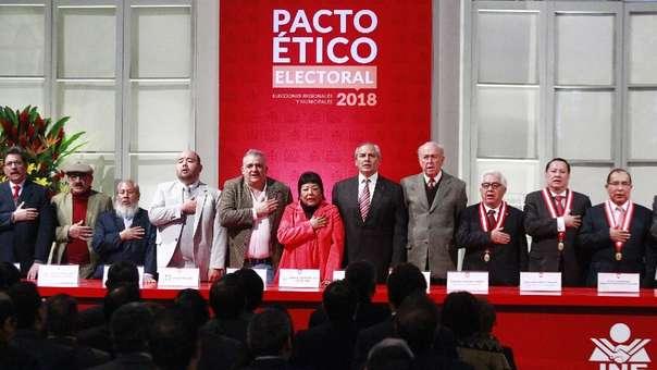 Solo 16 de los 20 candidatos firmaron el pacto ético electoral del 2018.