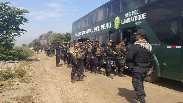 Policías se retiran de la zona de Patapón