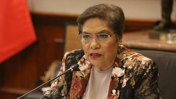 Luz Salgado respondió a denuncia de extrabajadora del Congreso.