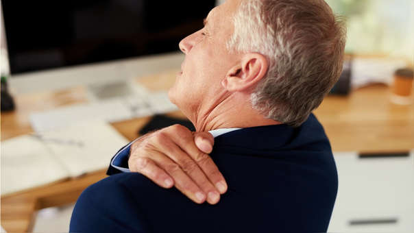 como curar el dolor del hombro izquierdo