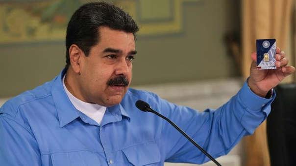 Este lunes, Nicolás Maduro presentó su plan de ahorro de oro en un intento de frenar la crisis económica que azota su país.