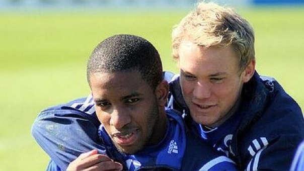 Jefferson Farfán y Manuel Neuer jugaron juntos en el Schalke 04 desde el 2008 hasta el 2011.