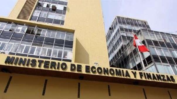 El MEF indica que este anuncio ratifica la confianza de los inversionistas en Perú como destino minero, por lo que el Gobierno continuará promoviendo las inversiones en el sector.