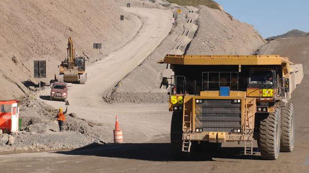 Caída del precio de los metales puede afectar recuperación de inversión.