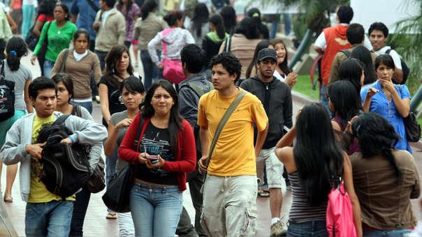 Según el Ministerio de Trabajo la ley beneficiará a más de 150,000 jóvenes.