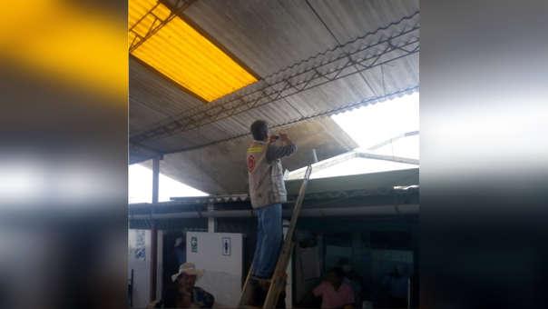 Ingenieros supervisando mercado de Lambayeque
