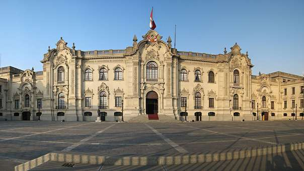 Ley publicada en El Peruano regula la gestión de intereses en el Estado.