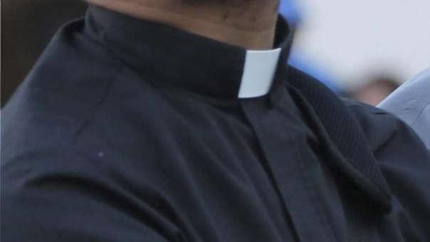 Escándalo en Alemania por la revelación de miles de casos de abusos contra menores en la Iglesia Católica.