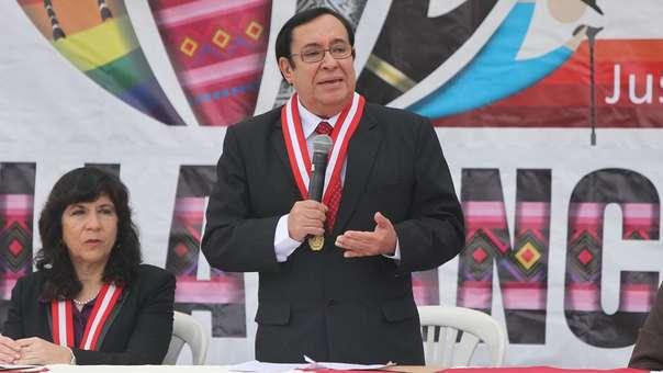 Prado Saldarriaga respondió a los cuestionamientos de Yeni Vilcatoma.