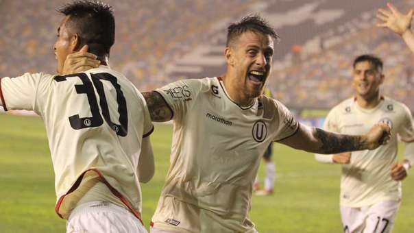 En su segundo partido con Universitario de Deportes, Germán Denis empezó a mostrar sus credenciales de un futbolista de jerarquía.
