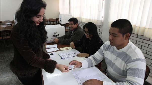El 75% de peruanos indicó que sí firmaría una eventual recolección de firmas para llevar a cabo el referéndum.