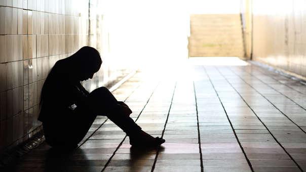 La fiscalía señala que los abusos ocurrieron durante las consultas