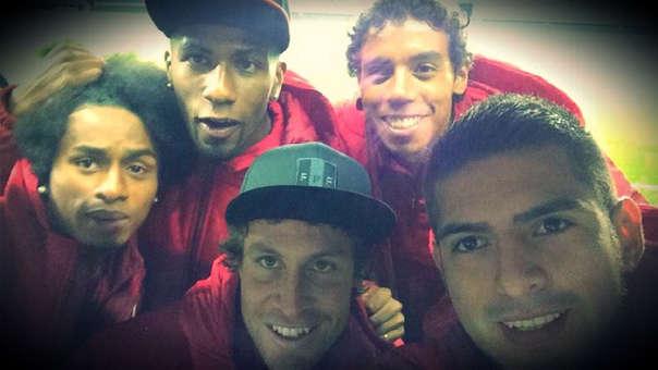Carlos Ascues, Carlos Zambrano, Yordy Reyna, Salomón Libman y Pedro Requena en la Copa América Chile 2015.
