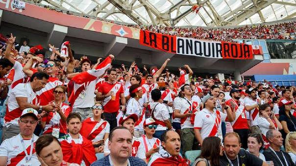 La Blanquirroja es la barra oficial de la Selección Peruana.